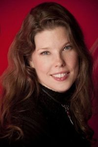 Jennifer Castoldi, Trendease