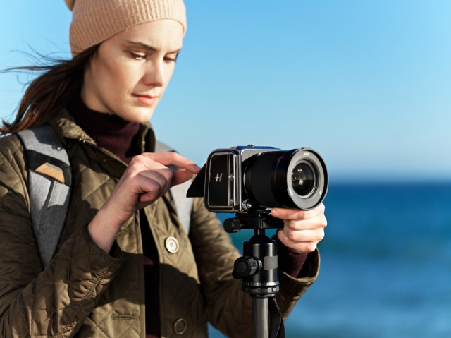 Hasselblad introduces X1D II 50C medium-format camera, lens and more
