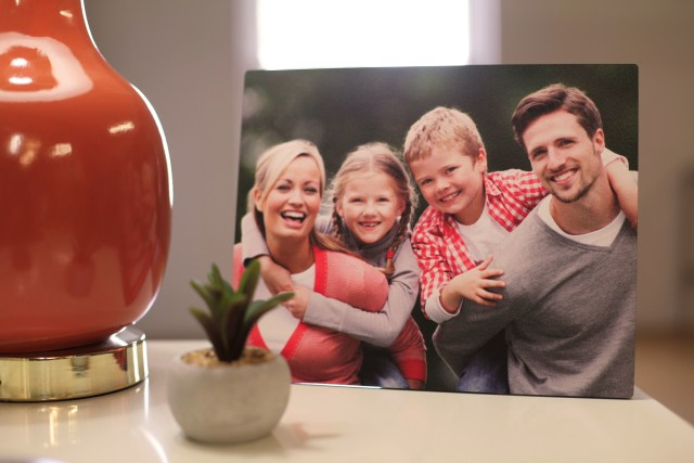 ChromaLuxe unveils new line of textured photo panels