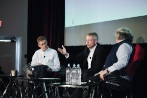 Han Hartman (left) listens to CEWE CEO, Dr. Christian Friege