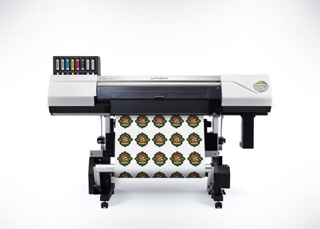 Roland DGA introduces redesigned VersaUV LEC2-300 UV Printer/Cutter