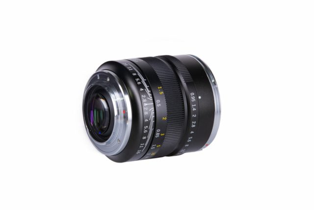 ZY Optics releases Mitakon Speedmaster 17mm f/0.95 for Micro Four Thirds