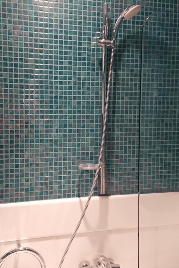 Mozaïek tegels in de badkamer