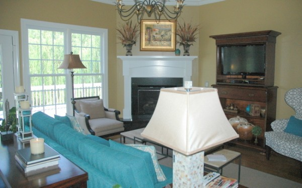 how to arrange living room furniture with corner fireplace light blue curtains a sure fire way tell if your arrangement is wrong the before