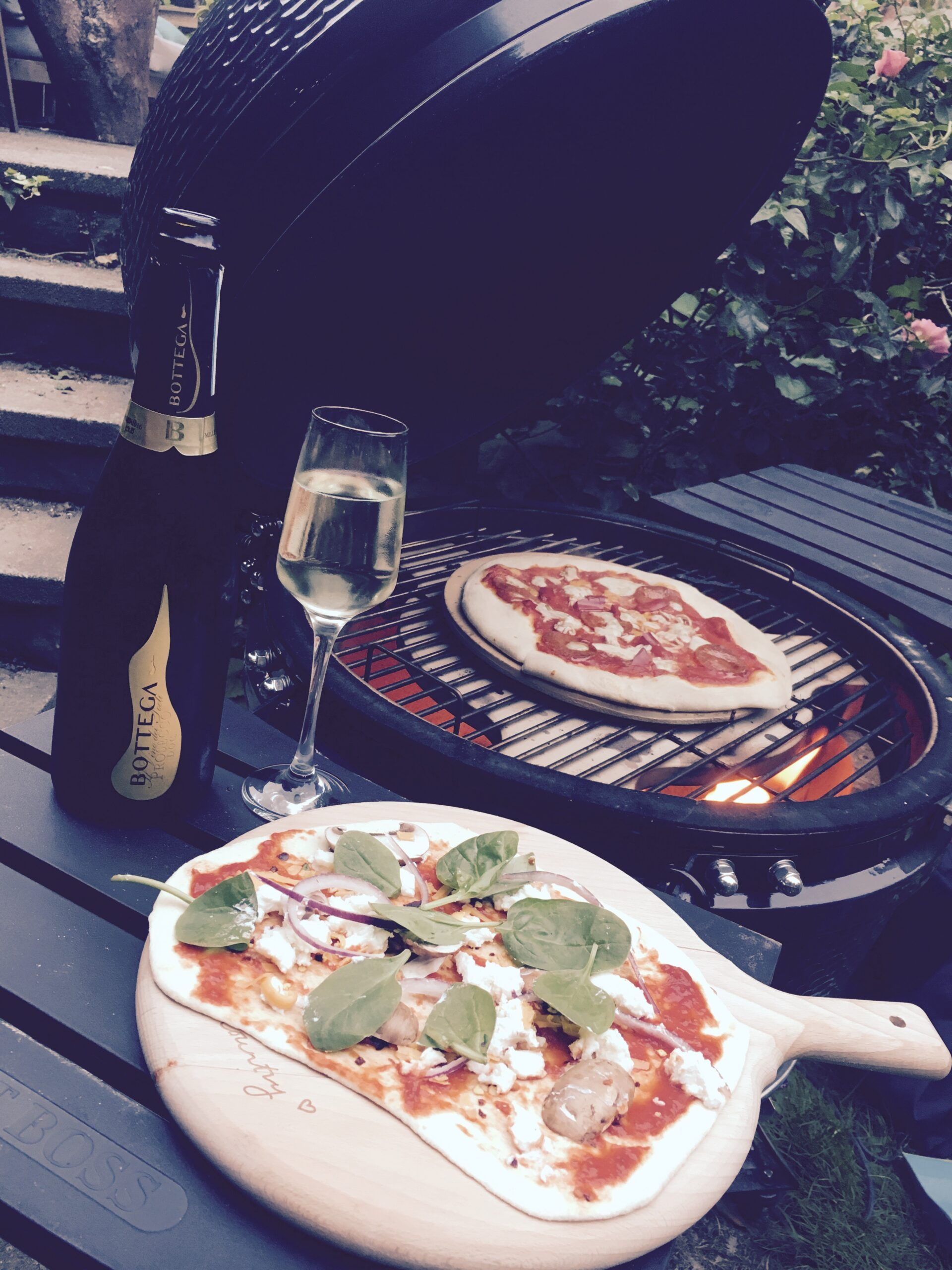 Pizza and Prosecco Night