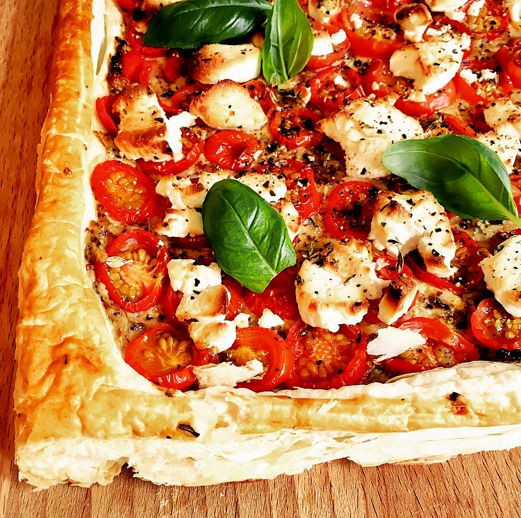 Roast Garlic, Tomato and Goat's Cheese Tart