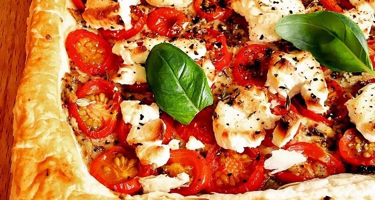 Roast Garlic, Tomato and Goat's Cheese Tart