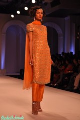 I like this shade of orange, and the design as well