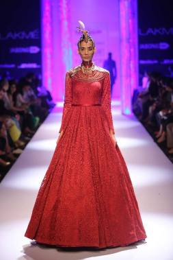 Shantanu & Nikhil red self work gown