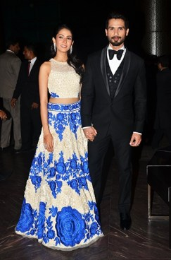 Shahid Kapoor with his wife (ouch!)