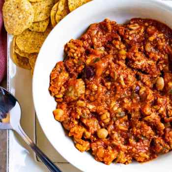 A bowl of healthy turkey chili