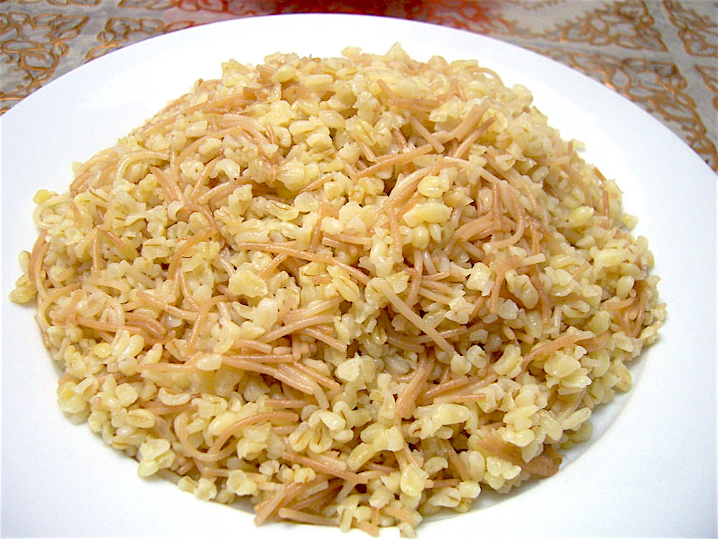 Bulgur bel Sharia برغل بالشعرية