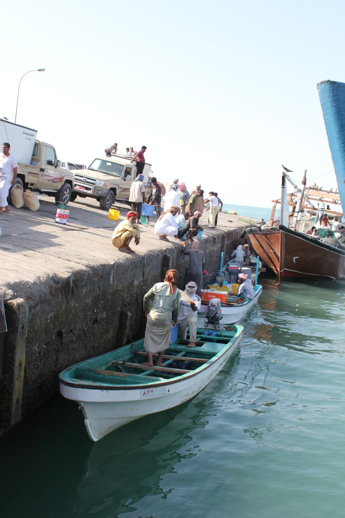Unloading the catch at Hilf Harbour