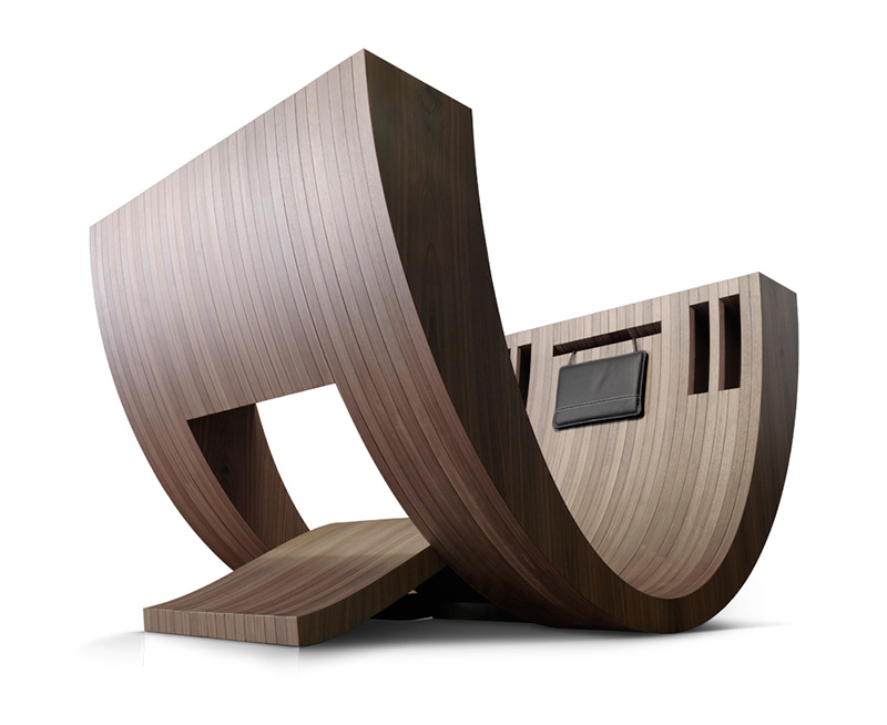 Kosha Reading Chair By Claudio D'Amore