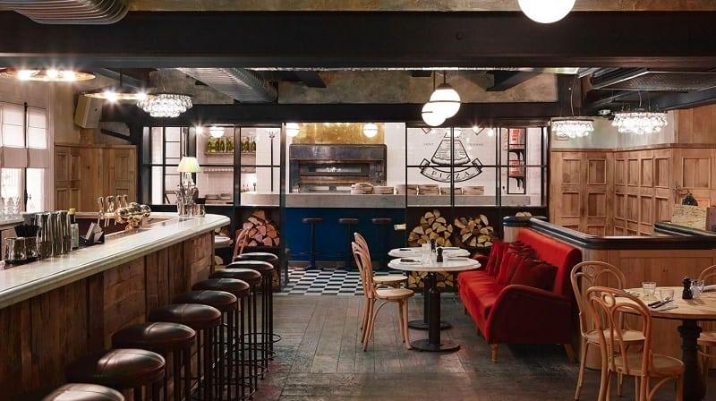 Restaurant in industrialvintage style in Paris