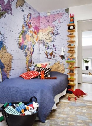 A giant world map wallpaper - an awesome and colourful way to decorate and an even cooler way to learn! | via http://www.thebooandtheboy.com/2011/07/maps-in-kids-rooms.html