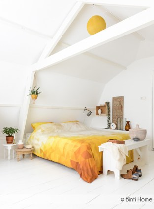 source: http://www.bintihomeblog.com/restyling-project-inrichting-slaapkamer/