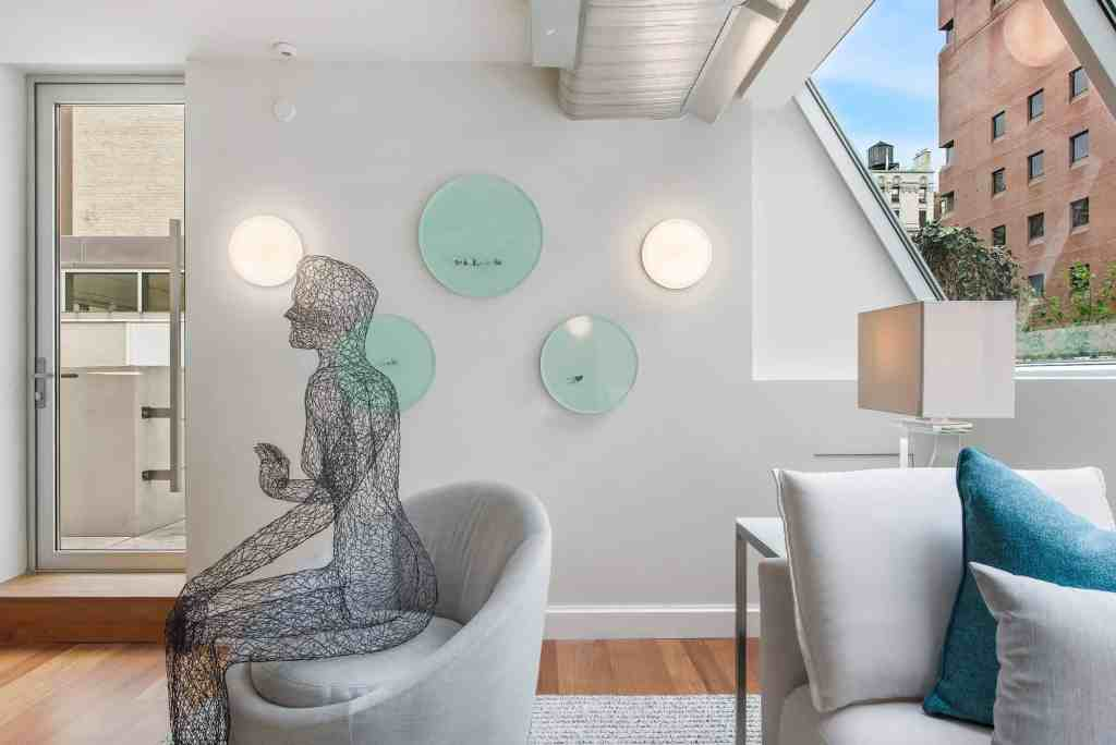 Sky Lounge in the 11th Annual Holiday House NYC by Interior designer Vanessa Deleon