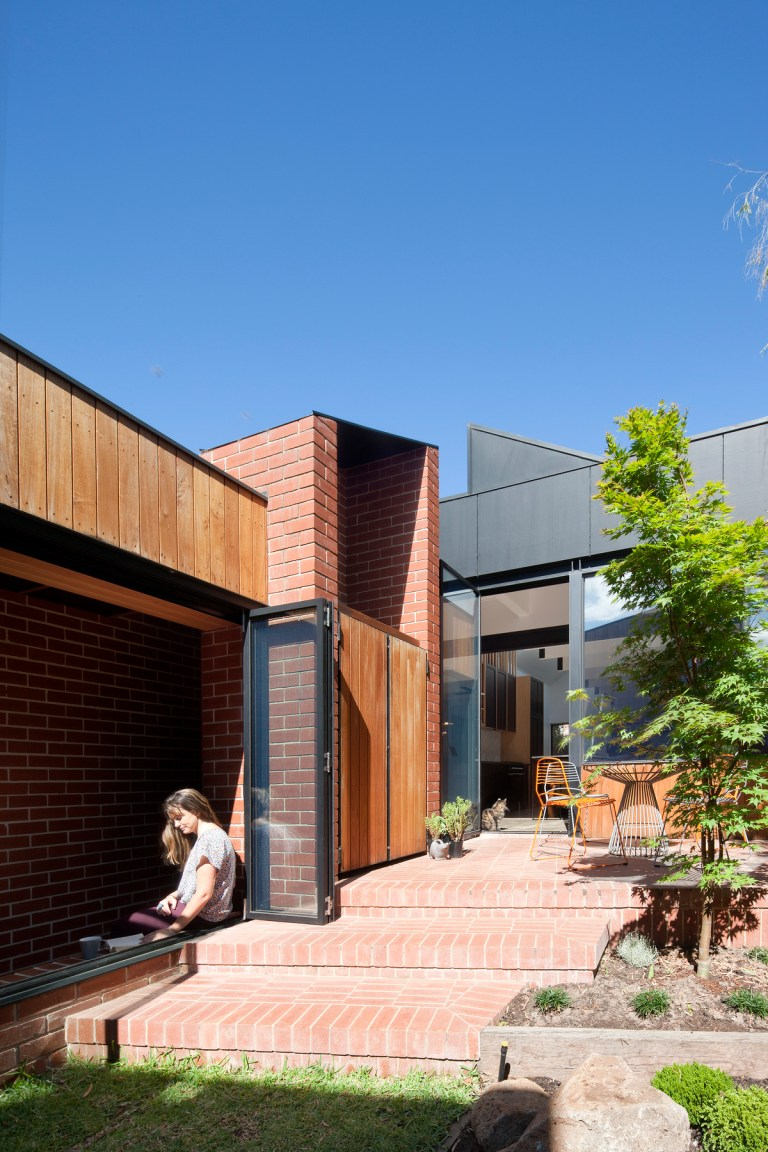 Carlton Cloister House by MRTN Architects. Photo:
