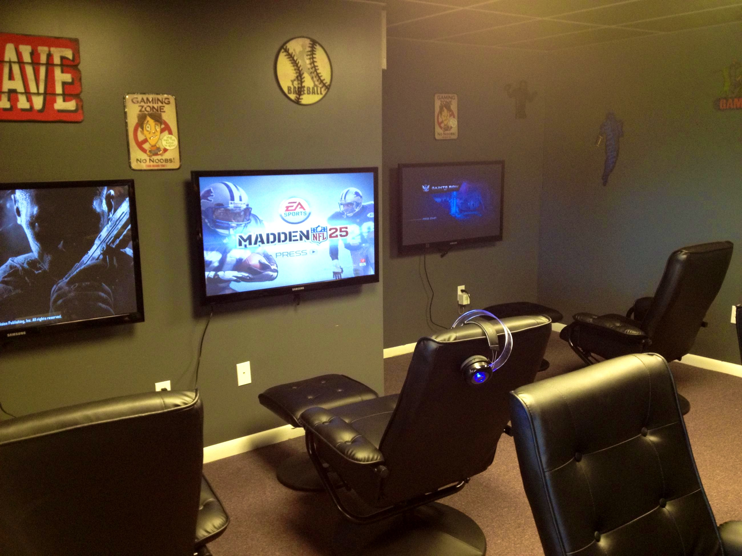 For many years, parents have wondered about the negative effects of video games on their children's health — and even into adulthood, partners might see the harmful ways video games can impact their significant others' health. 50 Video Game Room Ideas to Maximize Your Gaming Experience
