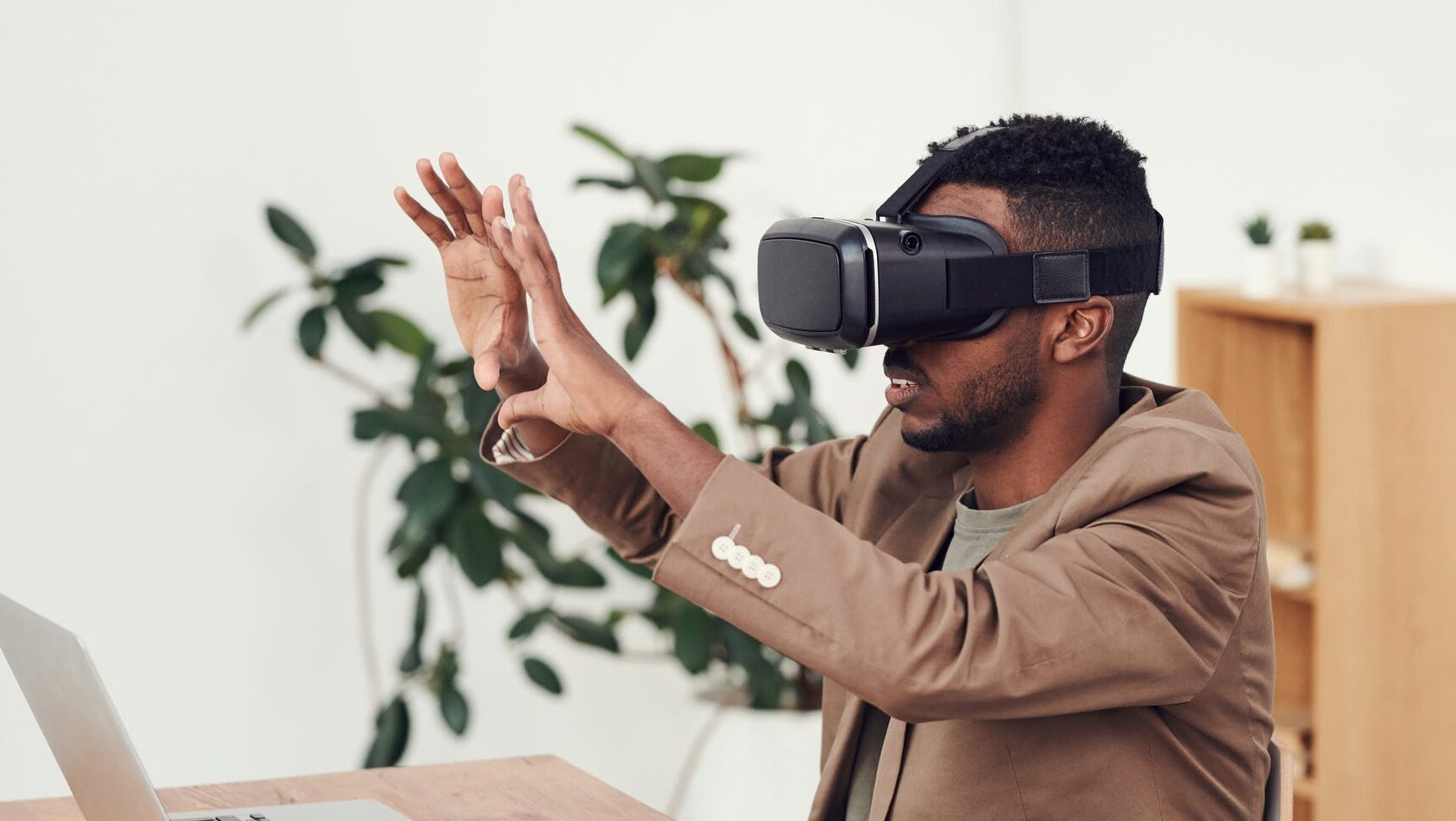 man using augmented reality in healthcare