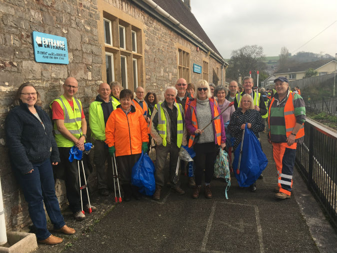 Kingskerswell Litter Pick Adult Volunteers