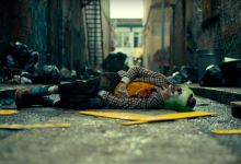 Photo of Joaquin Phoenix's Joker Paints a Portrait of A Sad Clown That Wins The Crowd