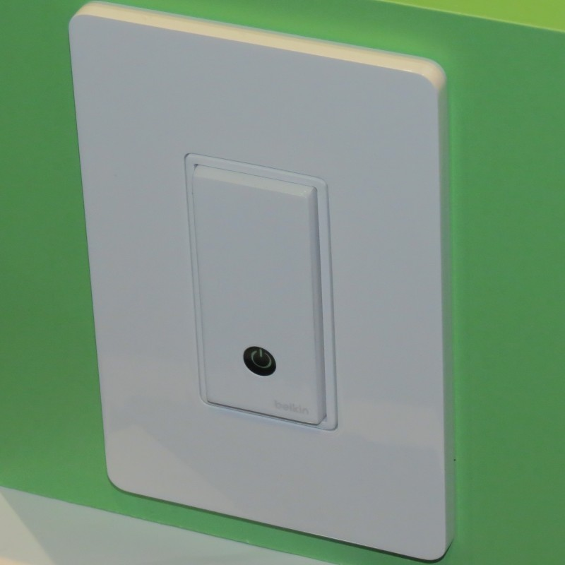 The Wemo Switch Looks Like A Typical Decora Wall Switch But The