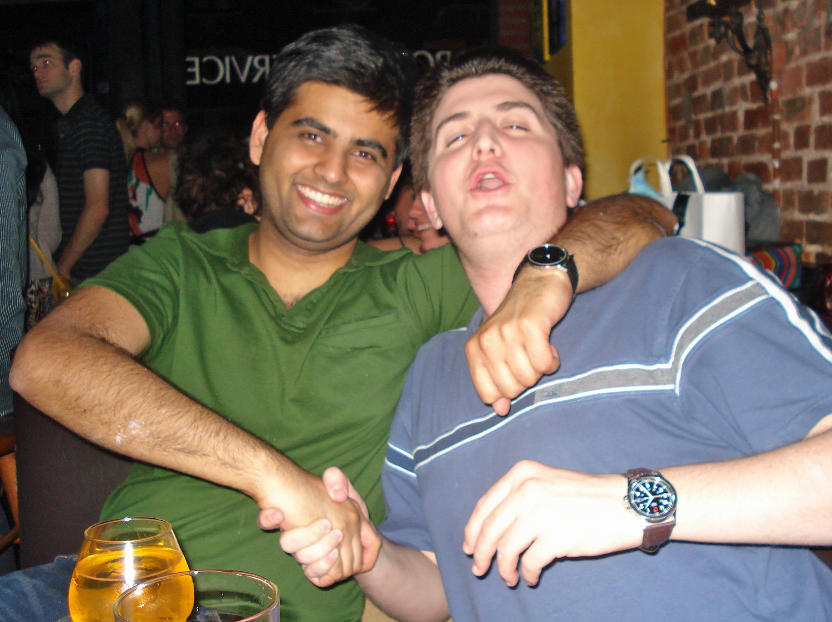 A Magic fan and a Lakers fan walk into a bar...