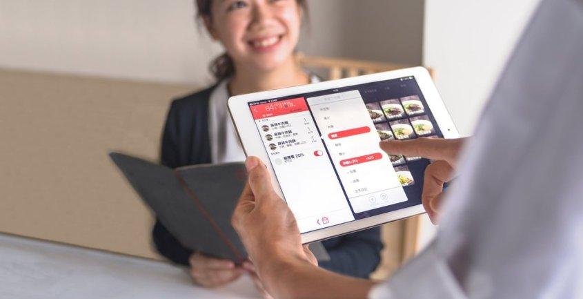即將全新上線的「顧客紀錄功能」,幫助您科學管理顧客資料,讓每間分店、每個新員工都能輕鬆知道您的 VIP 們喜歡吃什麼、喜歡聊什麼。