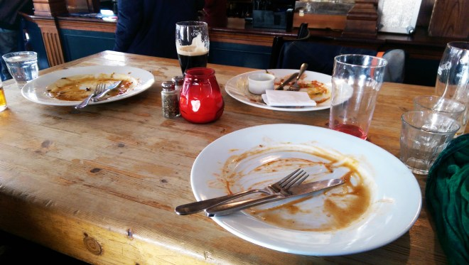 I didn't take a photo of this lunch because I dived right in, but here's the aftermath of the roast. Yes, you can see where I used my fingers to mop up leftover gravy.