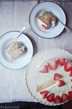 Strawberry and pecan courgette cake // The Dinner Bell