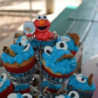 Elmo Cake and Cookie Monster Cupcakes
