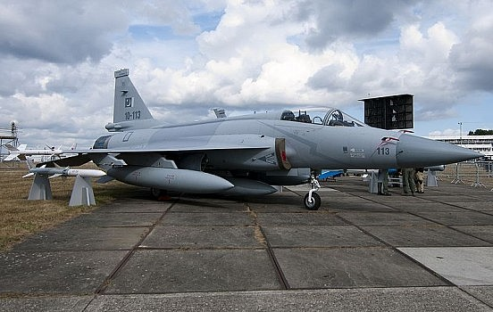 Jf 17 Thunder Hd Wallpapers Pakistan To Begin Exporting Jf 17 Thunder Fighter Jets