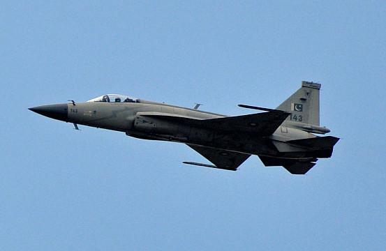 Pakistan Still Eying JF 17 Thunder Fighter Sale To Sri