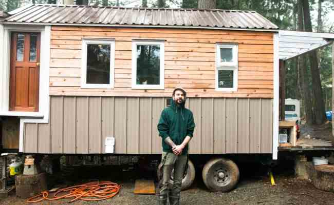 Locals Choose Tiny House Living Despite Legal Uncertainty