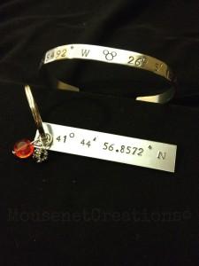 Best tilt bracelet and keychain