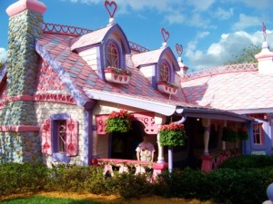Minnie Mouse House - Toon Town