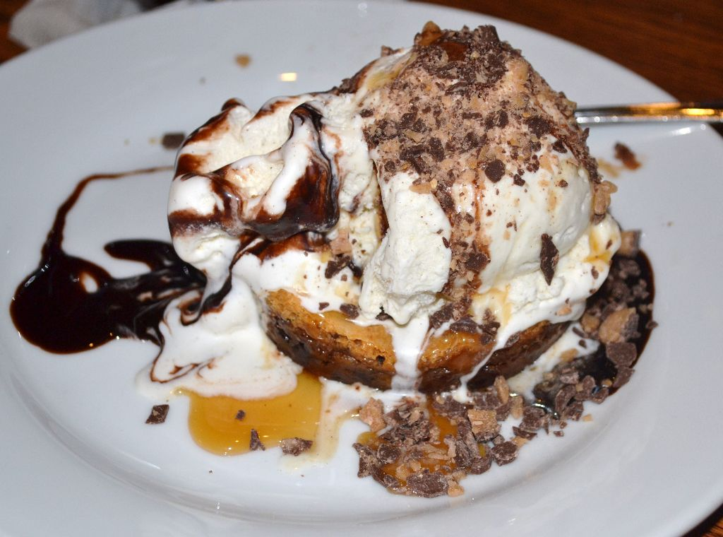 Ooey Gooey Toffee Cake - liberty tree tavern