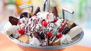 beaches-and-cream-soda-shop-Kitchen Sink