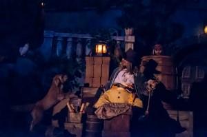 Pirates Captain Jack hiding