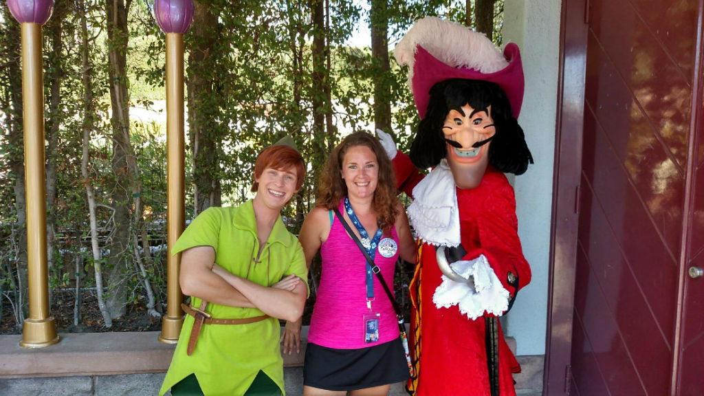 peter pan, captain hook, disneyland