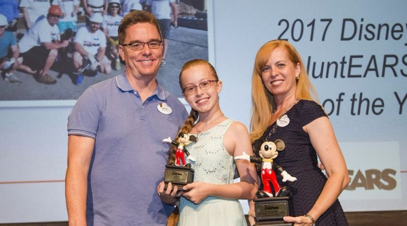 2017 wdw voluntear family of the year