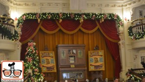 2015-12 - Magic Kingdom - The Diamond Horseshoe is open