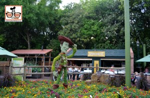 DNP April 2016 Photo Report: Epcot Flower and Garden Festival.. Woody at the Smoke House