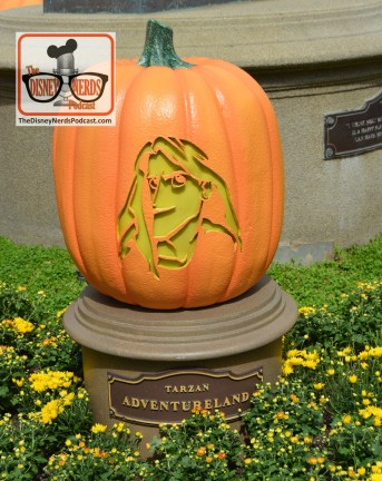 The Disneyland Hub - Complete with Pumpkins representing each of the lands. Tarzan - Adventureland