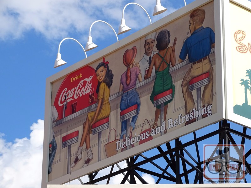 previously blank lease billboard that sits on Carthay Circle finally has a sponsor. As you can see in the photo below, Coca Cola now adorns this billboard.
