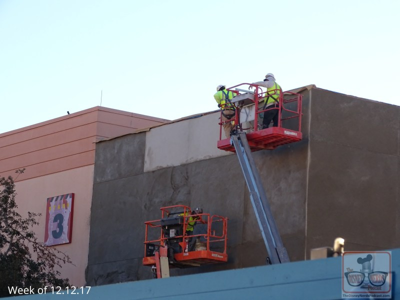 Below is a glimpse of the construction crew painting the buildings near the entrance of Toy Story Land. A good sign for the planned grand opening this coming spring 2018!