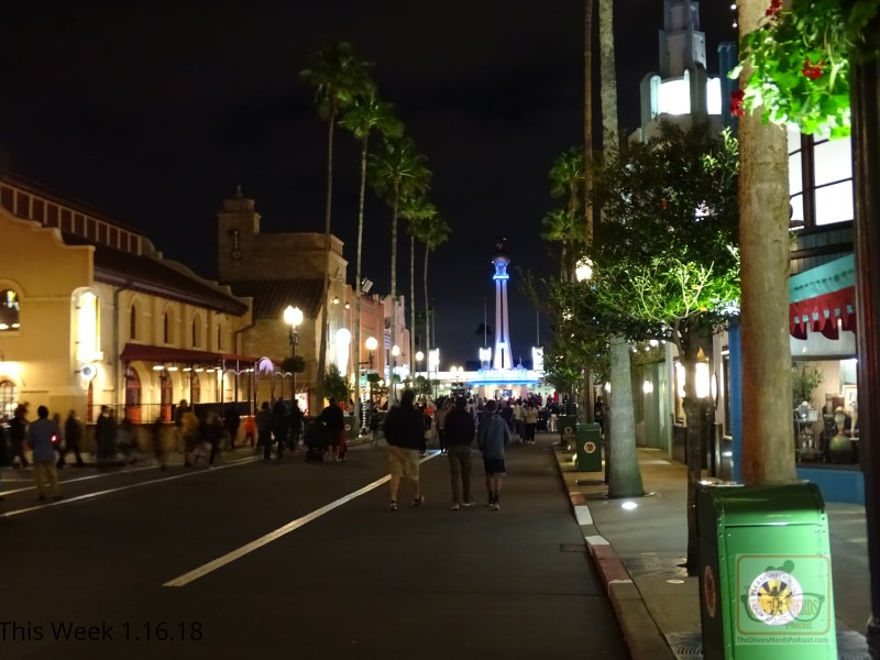 Listen up fans! With the park's holiday decorations removed back on January 11, the outdoor music at the main entrance and along Hollywood Blvd is playing a new tone. While this new Disney background music awaits guests, the popular sounds of the 30's and 40's are still audible in specific outdoor areas. There are even new classic rock live tracks near Rock 'N' Roller Coaster. While Grand Avenue has more of a contemporary west coast sound.
