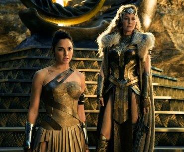 Wonder Woman - Diana Prince (Gal Gadot) & Hippolyta (Connie Nielsen)